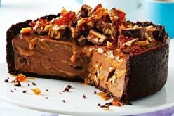 snickers cheesecake copy